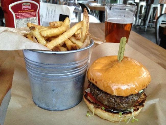 8oz-burger-bar